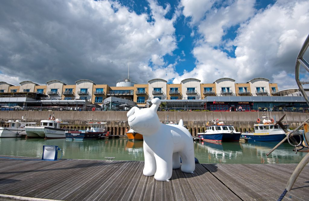 Photo by Liz Finlayson/Vervate Martlets Snowdogs by the Sea campaign - Snowdog at Brighton Marina for a photoshoot (Sarah Harvey 01273 718797)