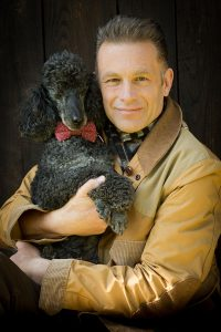 Chris Packham with Scratchy